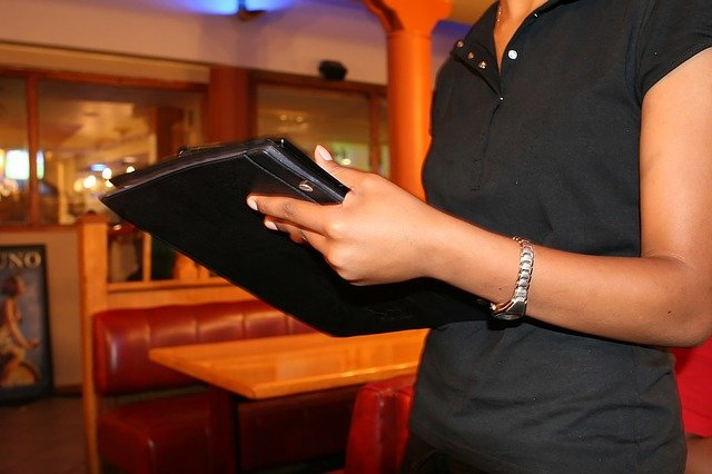 Kurs-menedżer-gastronomii-online
